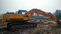 二手现代挖掘机R215-7C